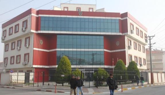 Balıkesir'de 'FETÖ' operasyonu: 11 gözaltı (2)