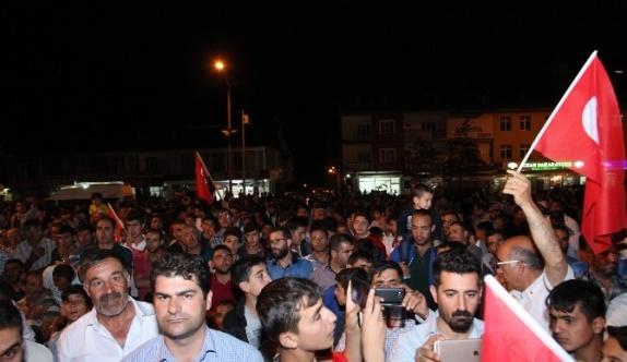 Ahlat'ta 3 gün demokrasi nöbeti tutulacak
