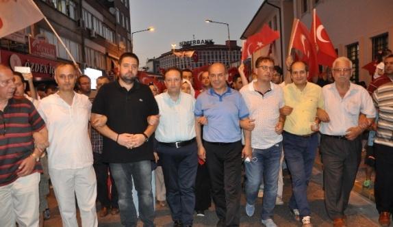 Balıkesir'de Demokrasi Yürüyüşü