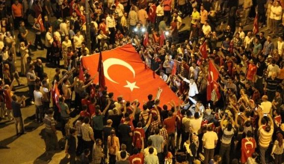 Konya'da darbe girişimine tepkiler