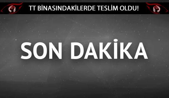 Türk Telekom binasına giren askerler teslim oldu