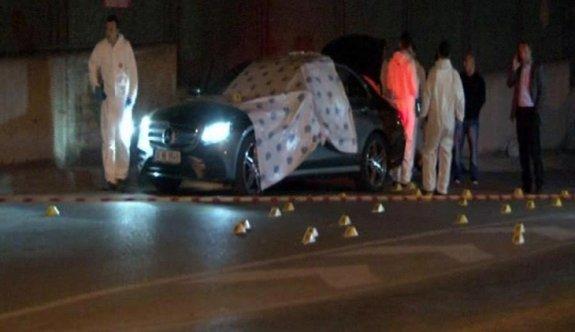 Sarıyer'de lüks otomobile silahlı saldırı: 2 ölü
