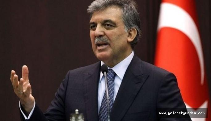 Abdullah Gül AK Parti'ye sert çıktı