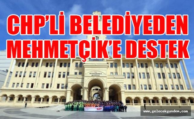 Chp'li Belediye Maaşlarını Mehmetçik Vakfı'na bağışladılar
