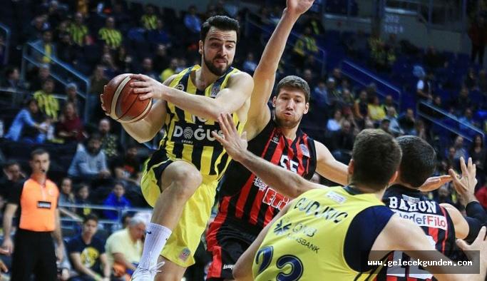 Fenerbahçe Doğuş, Rusya deplasmanında