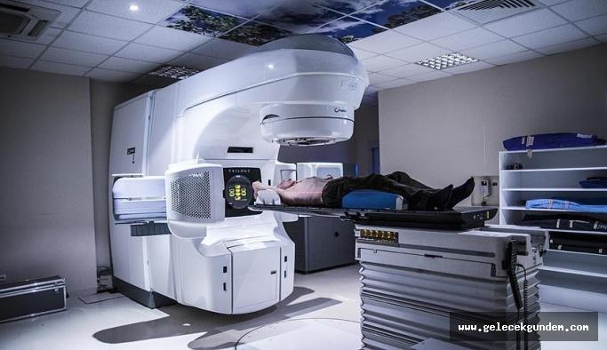 Radyoterapi alan kişilerin radyasyon yayma riski yok