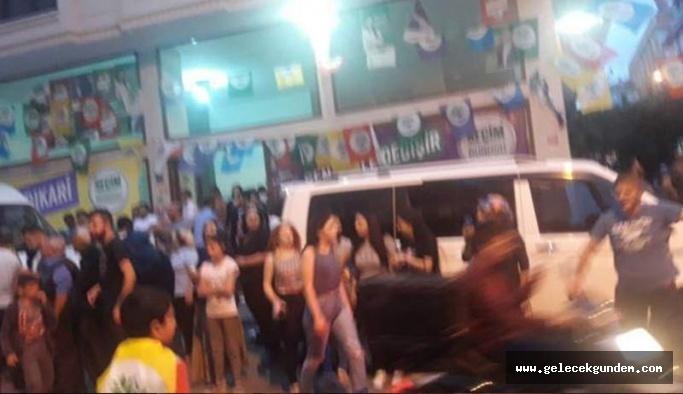 İstanbul'da HDP binalarına saldırı
