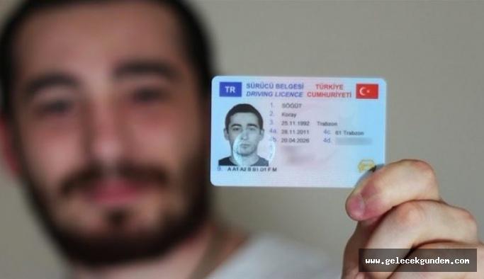 Değerli kağıt bedelleri açıklandı! Ehliyet kimlik ve pasaport ücretlerinde yeni dönem