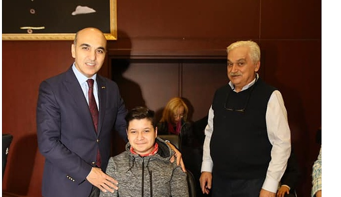 TÜRKİYE Kas Hastalıkları Derneği (KASDER)'e 40. Yılında Bakırköy Belediye Başkanı Kerimoğlu'ndan Anlamlı Hediye