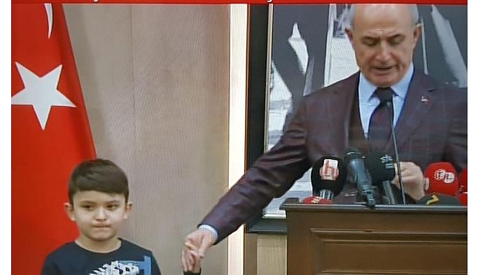 Büyükçekmece'de AKP'nin kirli oyunu: 10 yaşındaki çocuğa 'seçmen misin' sorgusu!