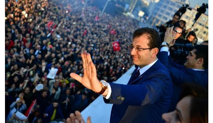 İmamoğlu'nun 1 Mayıs kutlaması sosyal medyayı salladı!