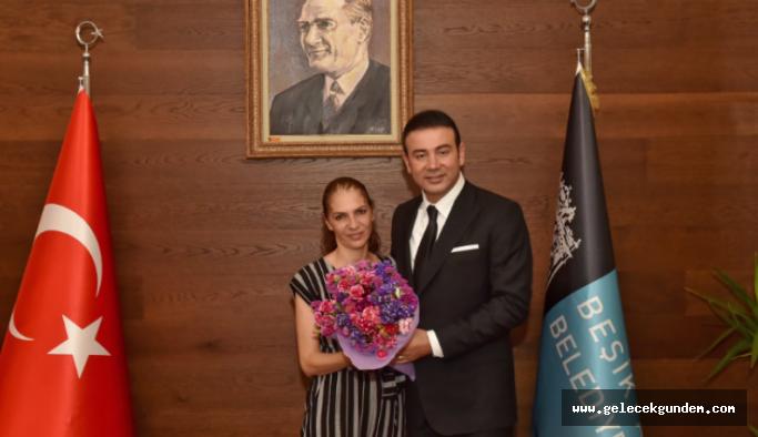 Duyarlı Başkan Akpolat, Türkiye'yi ayağa kaldıran görüntülerdeki Gaye Akıl ile buluştu