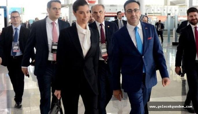 THY ve Sun Expresss'in Yönetim Kurulu Başkanı İlker Aycı'nın ve eşinin masraflar pes dedirtti! Beyefendiye limuzin, hanımefendiye VITO