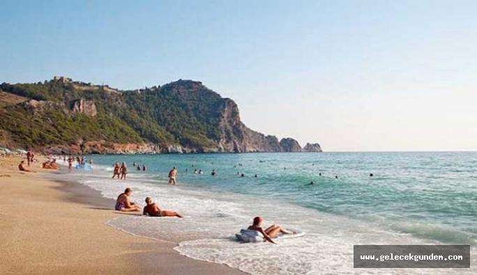 Kabul edildi... Suriyelilere plaj yasağı