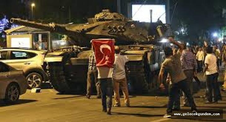 """Ahmet Nesin """"Hakan Fidan darbeyi 15 Temmuz'da mı öğrendi, 4 Temmuz'da mı?"""""""