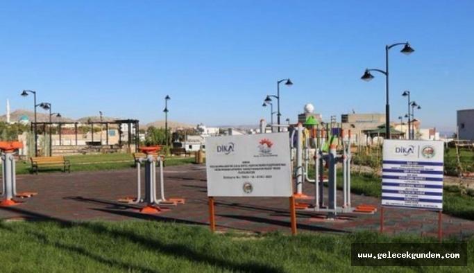 AKP''li Belediye Kayyum Süryani ve Ermeni mezarlığının üstüne düğün salonu ve park yaptı!