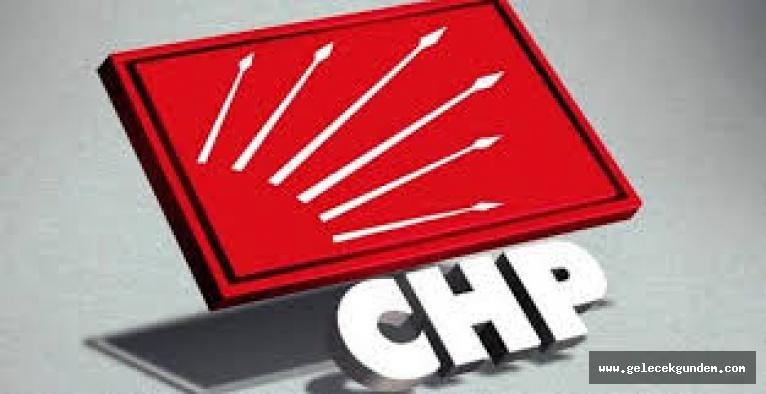 Metin Doğan yeniden CHP Zeytinburnu İlçe Başkanı seçildi