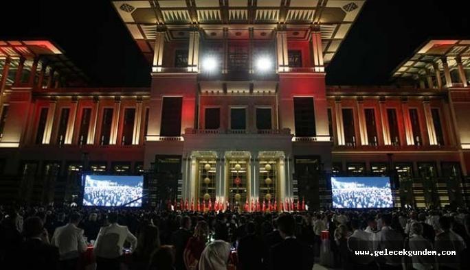 Saraylara 3,2 milyar lira harcandı