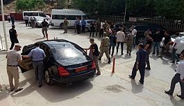 Son dakika: Siirt Baykan'da kaymakamın geçişi sırasında patlama