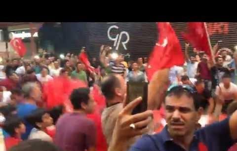 Taksim'de FETÖ Protestoları!
